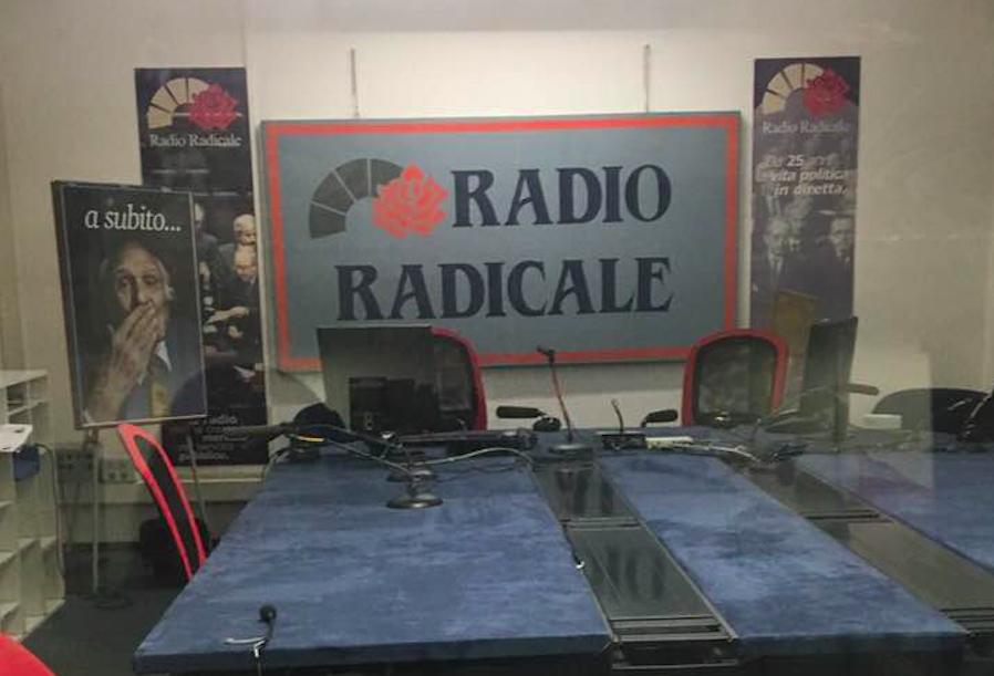Palermo si mobilita per salvare radio radicale zabbaradio for Radio radicale in diretta